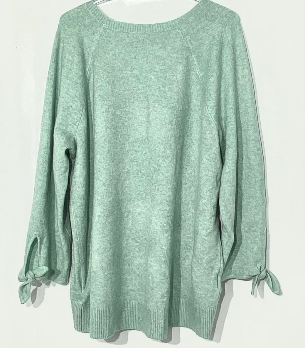 Photo #1 - BRAND: ANN TAYLOR LOFT PLUS<BR>STYLE: SWEATER LIGHTWEIGHT <BR>COLOR: MINT <BR>SIZE: 1X (16-18)<BR>SKU: 262-26211-140515