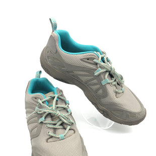 Primary Photo - BRAND: MERRELL STYLE: SHOES ATHLETIC COLOR: GREY SIZE: 9.5 SKU: 262-26275-73616GENTLE WEAR AS IS