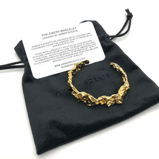 Primary Photo - BRAND:  AMBER SCEATS STYLE: BRACELET COLOR: GOLD SKU: 262-26275-74355AS IS