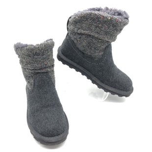 Primary Photo - BRAND: BEARPAW STYLE: BOOTS ANKLE COLOR: GREY SIZE: 8 SKU: 262-26275-74684GENTLE WEAR - AS IS