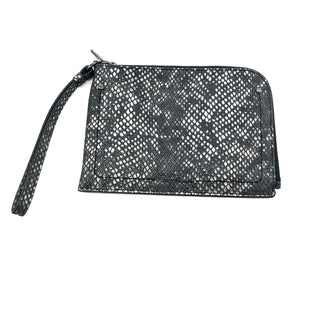 "Primary Photo - BRAND: COLE-HAAN STYLE: WRISTLET COLOR: SNAKESKIN PRINT SKU: 262-26275-74103AS IS, IN GREEN CONDITION APPROX 7""X5"""