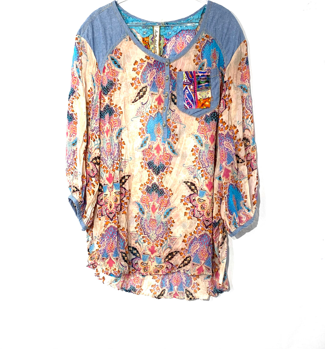 Primary Photo - BRAND:    ARATTA SILENT JOURNEY <BR>STYLE: BLOUSE TUNIC <BR>COLOR: PINK BLUE<BR>SIZE: L<BR>OTHER INFO: <BR>SKU: 262-26275-69816<BR>DESIGNER FINAL