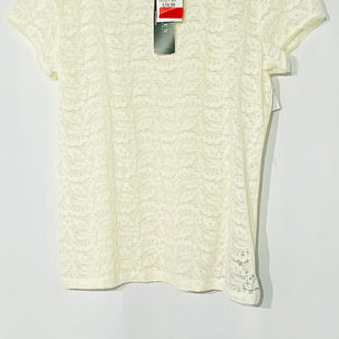Primary Photo - BRAND: LAUREN RALPH LAURENSTYLE: TOP SHORT SLEEVE COLOR: CREAM SIZE: XL SKU: 262-26275-66184