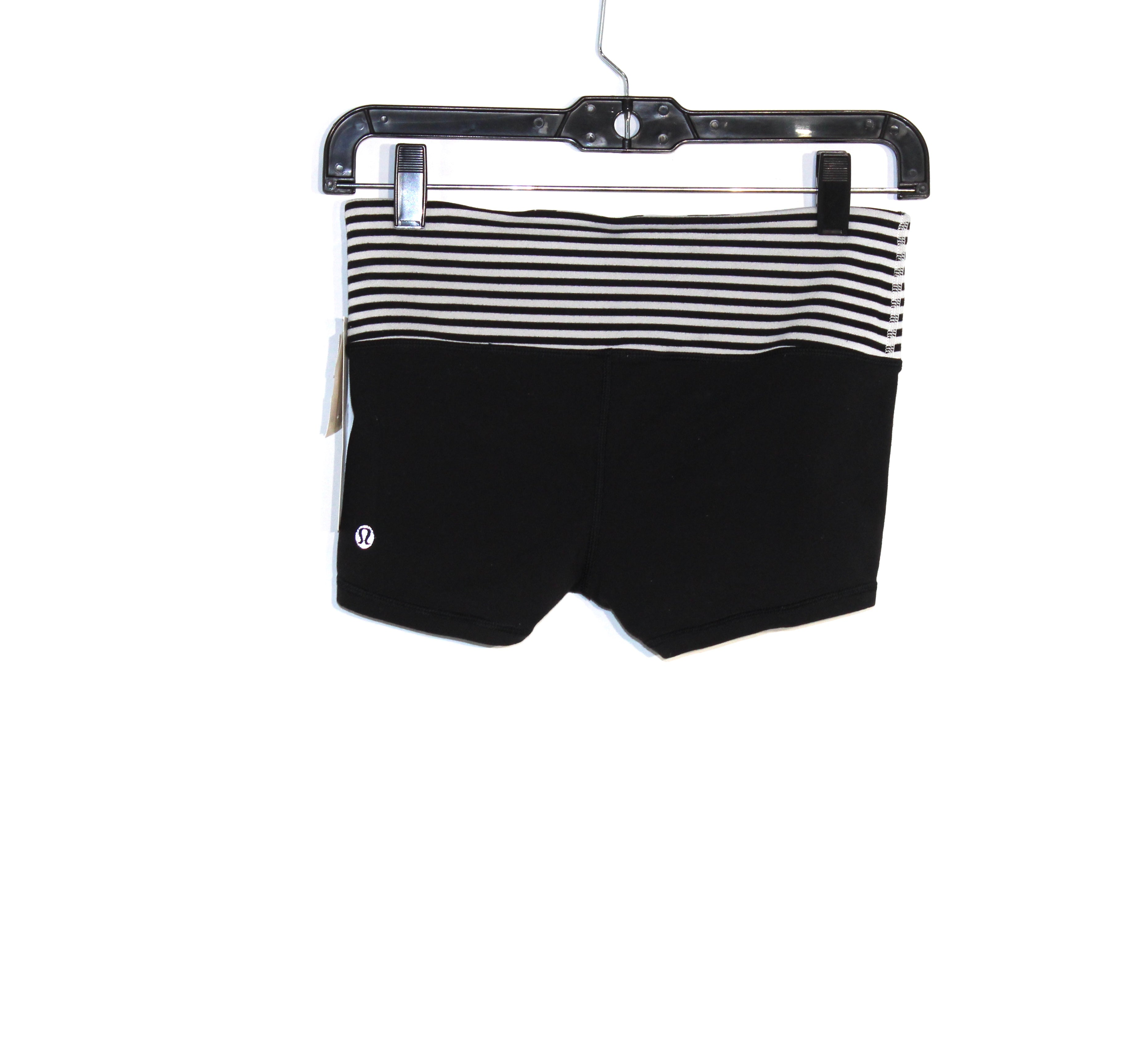 Photo #1 - BRAND: LULULEMON <BR>STYLE: ATHLETIC SHORTS <BR>COLOR: BLACK WHITE <BR>SIZE: 4 <BR>SKU: 262-26275-57164<BR><BR>GENTLE WEAR AS IS