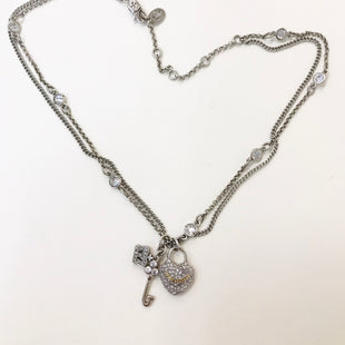Primary Photo - BRAND: JUICY COUTURE STYLE: NECKLACE COLOR: HEART SKU: 262-26211-138883AS IS