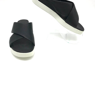 Primary Photo - BRAND: ECCO STYLE: SANDALS FLAT COLOR: BLACK WHITE SIZE: 41 APPROX 10 IN US SIZE SKU: 262-26275-71522AS IS