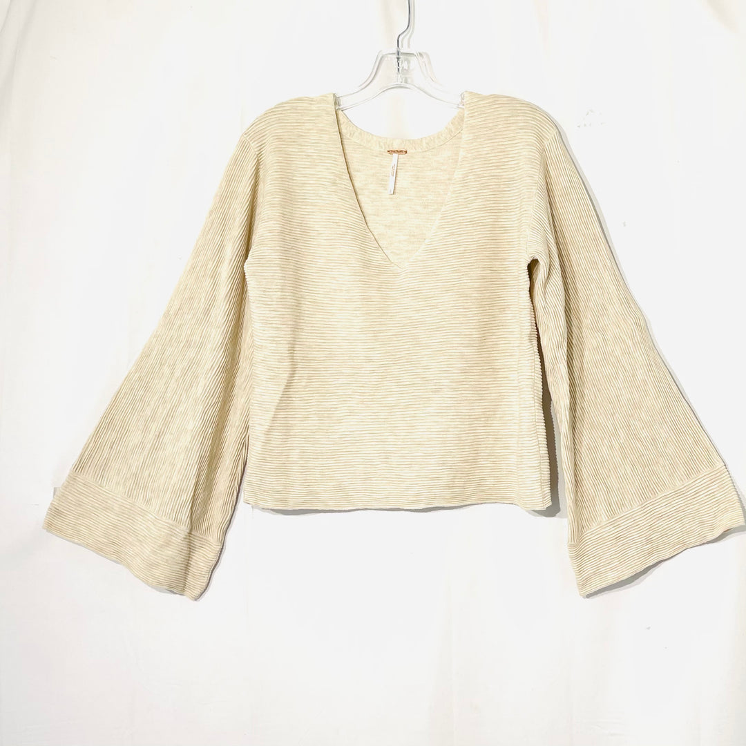 Primary Photo - BRAND: FREE PEOPLE <BR>STYLE: SWEATER LIGHTWEIGHT <BR>COLOR: BEIGE <BR>SIZE: L <BR>SKU: 262-26275-73811