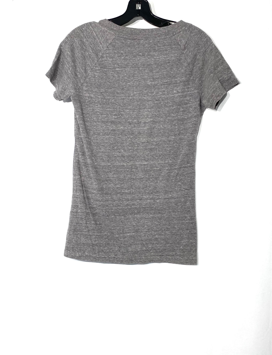 Photo #1 - BRAND: REEBOK <BR>STYLE: ATHLETIC TOP SHORT SLEEVE <BR>COLOR: GREY <BR>SIZE: M <BR>SKU: 262-26211-141644