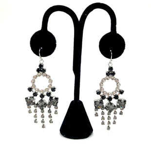 Primary Photo - BRAND: LULU FROSTSTYLE: EARRINGS COLOR: MULTI SKU: 262-26211-135050AS IS