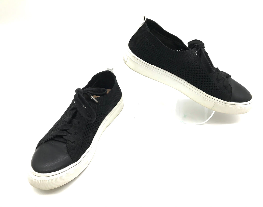Primary Photo - BRAND: BANANA REPUBLIC <BR>STYLE: SHOES ATHLETIC <BR>COLOR: BLACK <BR>SIZE: 6 <BR>SKU: 262-26285-2714<BR><BR>SLIGHT SPOTS TO WHITE SOLE