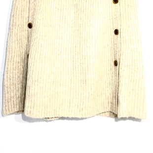 Primary Photo - BRAND: J CREW STYLE: SHAWL COLOR: BEIGE SIZE: XS SKU: 262-26241-423268% WOOL2% ELASTANE