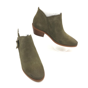 Primary Photo - BRAND: COLE-HAAN STYLE: BOOTS ANKLE COLOR: OLIVE SIZE: 5.5 SKU: 262-26275-74280NEW CONDITION