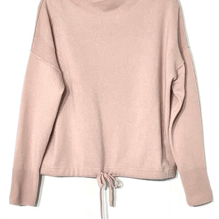 Primary Photo - BRAND: ATHLETA STYLE: SWEATER CASHMERE COLOR: LILAC SIZE: M SKU: 262-26211-141448ACTUAL COLOR MORE LILAC THAN PINKDESIGNER FINAL 100% CASHMERE SLIGHTEST PILLING GENTLE WEAR