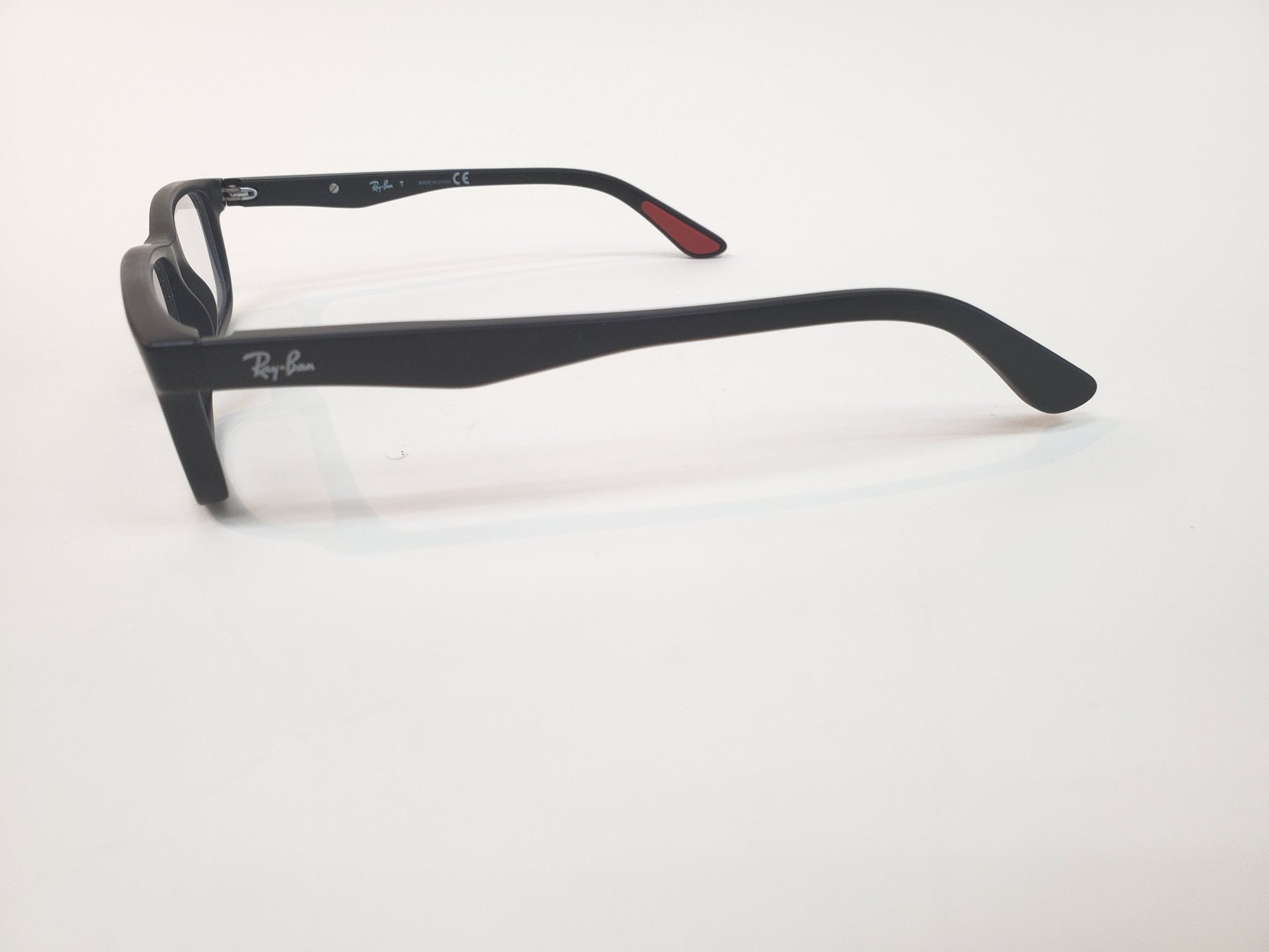 Photo #1 - BRAND: RAY BAN <BR>STYLE: PRESCRIPTION GLASSES<BR>COLOR: RED BLACK <BR>OTHER INFO: RX <BR>SKU: 262-26241-40405<BR>AS IS <BR>DESIGNER ITEM FINAL SALE