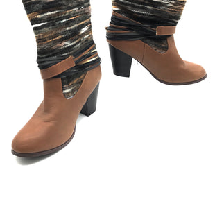 Primary Photo - BRAND: FRANCESCA'S STYLE: BOOTS ANKLE COLOR: BROWN SIZE: 8 SKU: 262-26275-67422