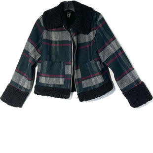 Primary Photo - BRAND: FOREVER 21 STYLE: JACKET OUTDOOR COLOR: PLAID SIZE: M SKU: 262-26275-76419