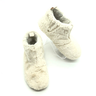 Primary Photo - BRAND: FITFLOP STYLE: BOOTS ANKLE COLOR: OFF WHITE SIZE: 7 SKU: 262-26275-74806IN GOOD SHAPE AND CONDITION