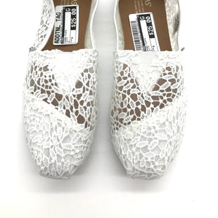 Primary Photo - BRAND: TOMS STYLE: SHOES FLATS COLOR: WHITE SIZE: 8 SKU: 262-262101-958AS IS