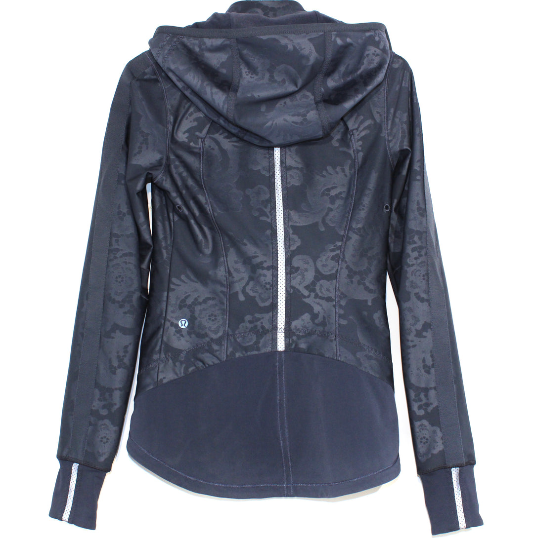 Photo #1 - BRAND: LULULEMON <BR>STYLE: ATHLETIC JACKET <BR>COLOR: NAVY <BR>SIZE: 2 <BR>SKU: 262-26275-64266<BR><BR>DESIGNER FINAL