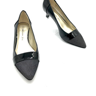 Primary Photo - BRAND: ANNE KLEIN STYLE: SHOES LOW HEEL COLOR: BLACK WHITE SIZE: 8 SKU: 262-26275-73083AS IS SMALL MARKS