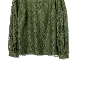 Primary Photo - BRAND: BANANA REPUBLIC STYLE: BLOUSE COLOR: OLIVE SIZE: L SKU: 262-26211-130195