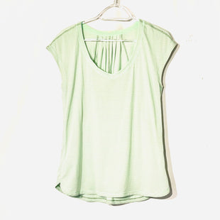 Primary Photo - BRAND: LULULEMON STYLE: ATHLETIC TOP SHORT SLEEVE COLOR: MINT SIZE: M SKU: 262-26275-74205SIZE TAG MISSING AS IS