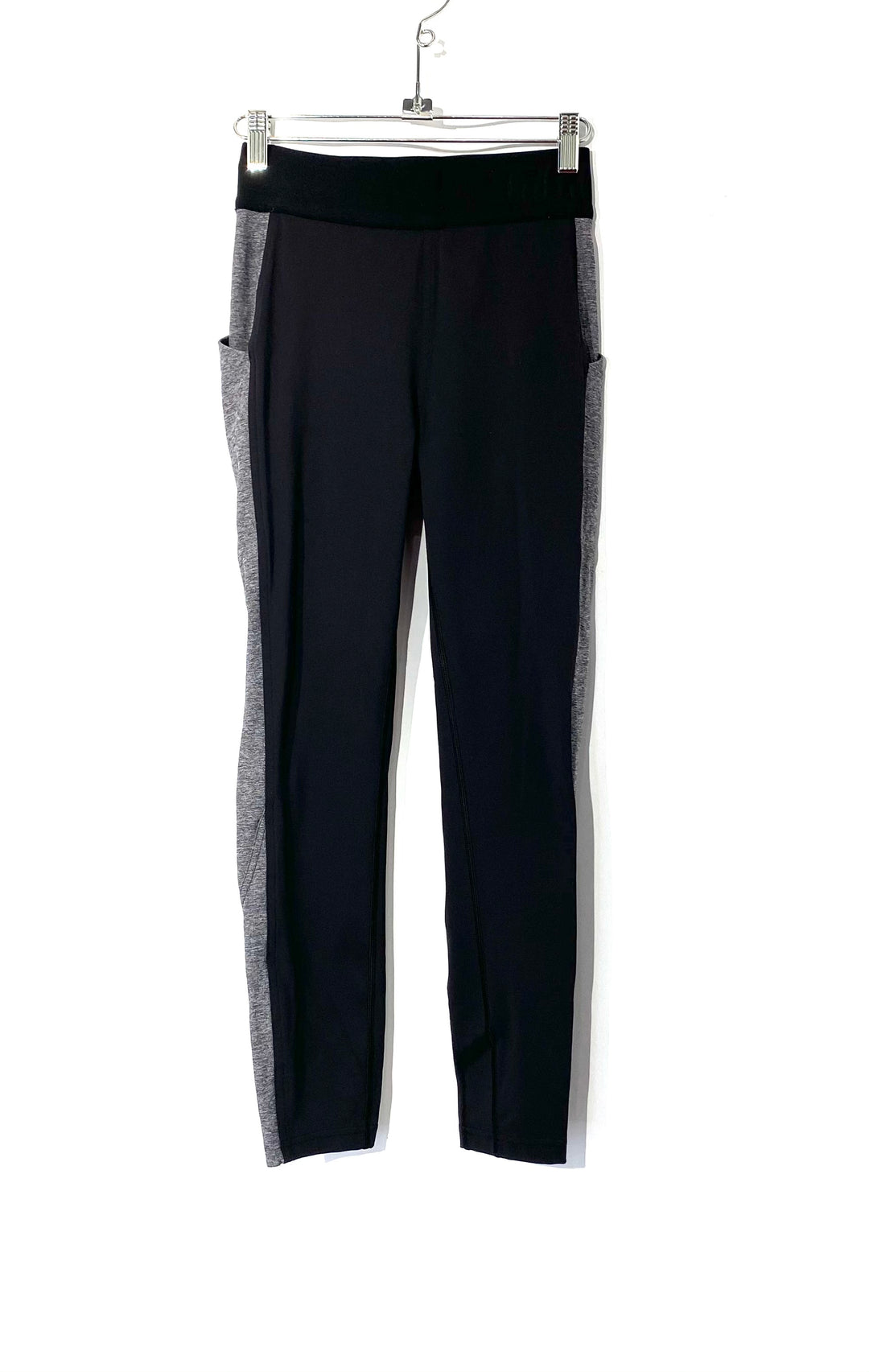 Primary Photo - BRAND: LULULEMON <BR>STYLE: ATHLETIC PANTS<BR>COLOR: GREY BLACK<BR>SIZE: 6 <BR>SKU: 262-26275-72802<BR>DESIGNER FINAL