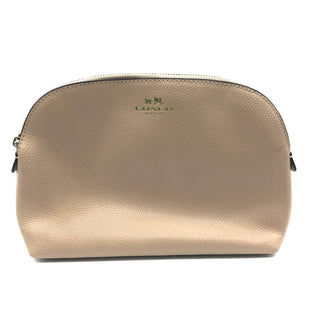 "Primary Photo - BRAND: COACH STYLE: MAKEUP BAG COLOR: TAN SIZE: MEDIUM OTHER INFO: AS IS SLIGHT SPOTS SKU: 262-26241-44792PRICED TO REFLECT A COUPLE SLIGHT SPOTS. FIRST PHOTO IS CLOSEST TO TRUE NUDE COLOR OF BAG. APPROX. 8.5""L X 6""H X 2.75""D"