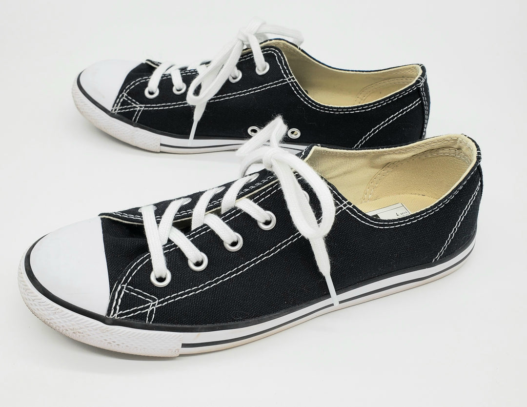Photo #1 - BRAND: CONVERSE <BR>STYLE: SHOES ATHLETIC <BR>COLOR: BLACK WHITE <BR>SIZE: 7 <BR>SKU: 262-26211-140017<BR>AS IS <BR>
