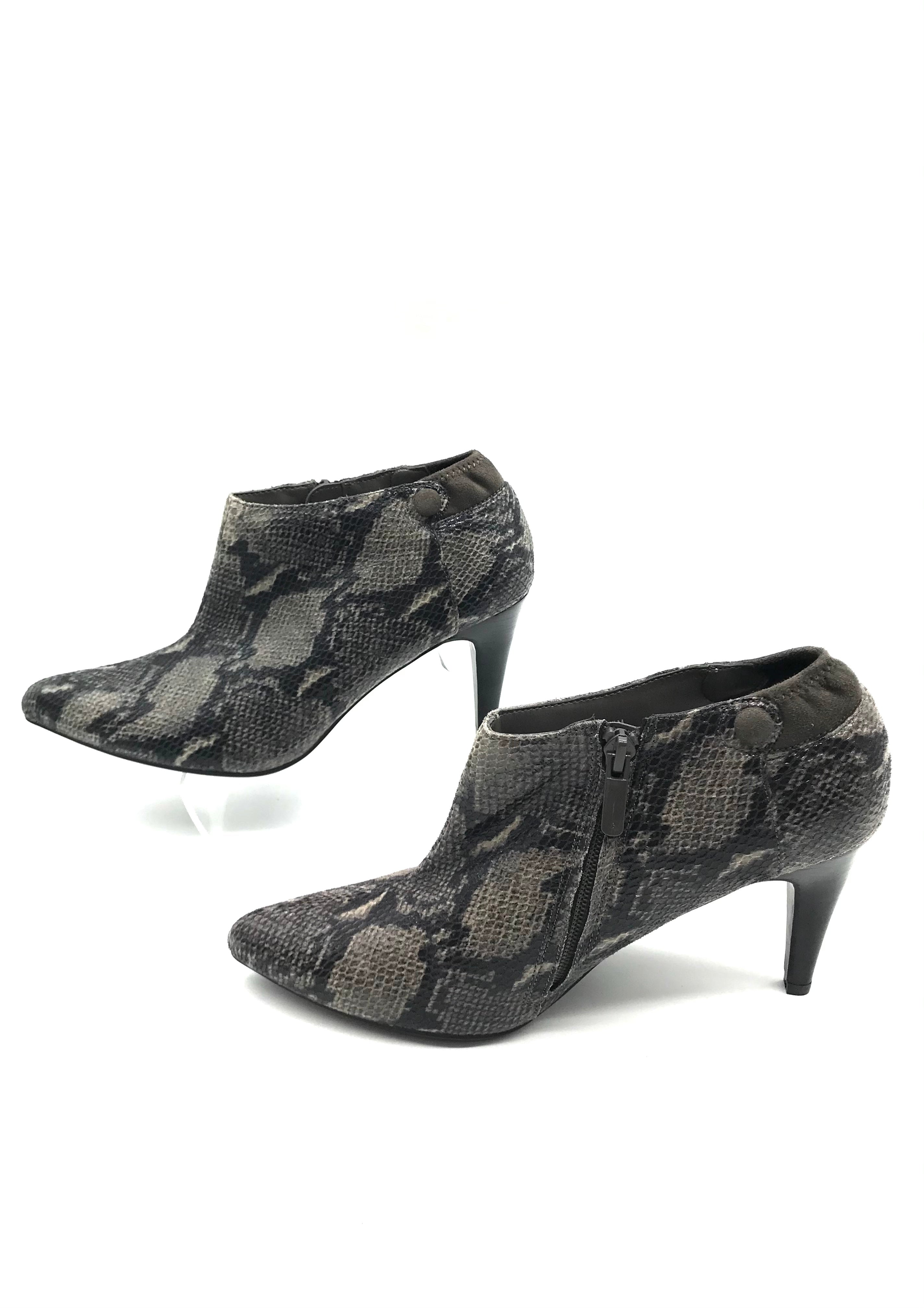 Photo #2 - BRAND: IMPO <BR>STYLE: BOOTS ANKLE <BR>COLOR: SNAKESKIN PRINT <BR>SIZE: 7.5 <BR>SKU: 262-26275-73274