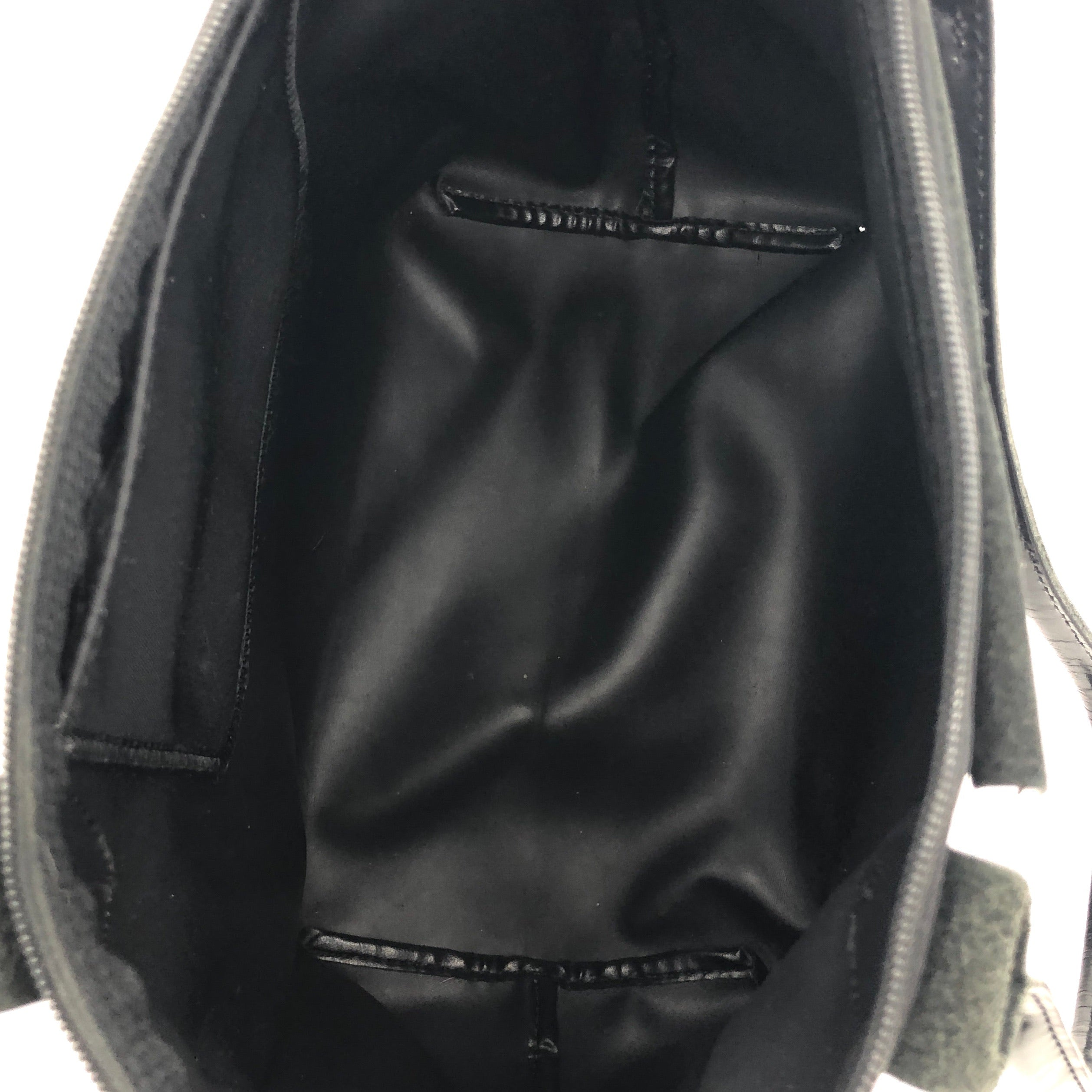 Handbag Designer By Longchamp  Size: Small - BRAND: LONGCHAMP <BR>STYLE: MODELE DEPOSE<BR>COLOR: BLACK <BR>SIZE: SMALL <BR>SKU: 262-26275-74621<BR>WEAR SHOWS • BROKEN ZIPPER • AS IS