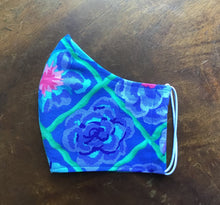 Load image into Gallery viewer, Blue Flower Cotton Reusable 3 layer face mask.