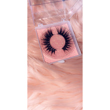 Load image into Gallery viewer, 'Flirt' Mink Lashes