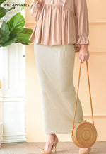 Straight Cut Skirt Cream