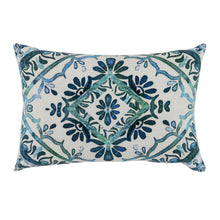 "Load image into Gallery viewer, 20"" Floral Lumbar Pillow"