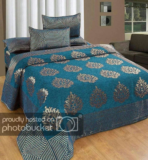 Chenille Queen Size Bedsheet With 2 Pillowcovers