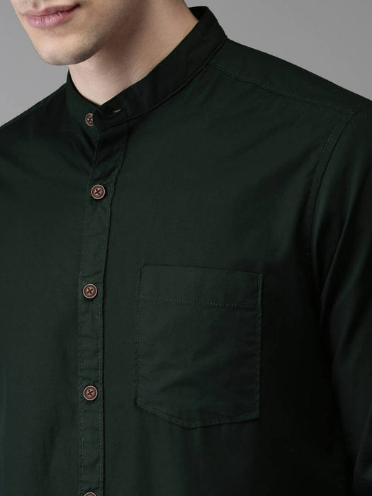 Men's Green Cotton Solid Long Sleeves Regular Fit Casual Shirt