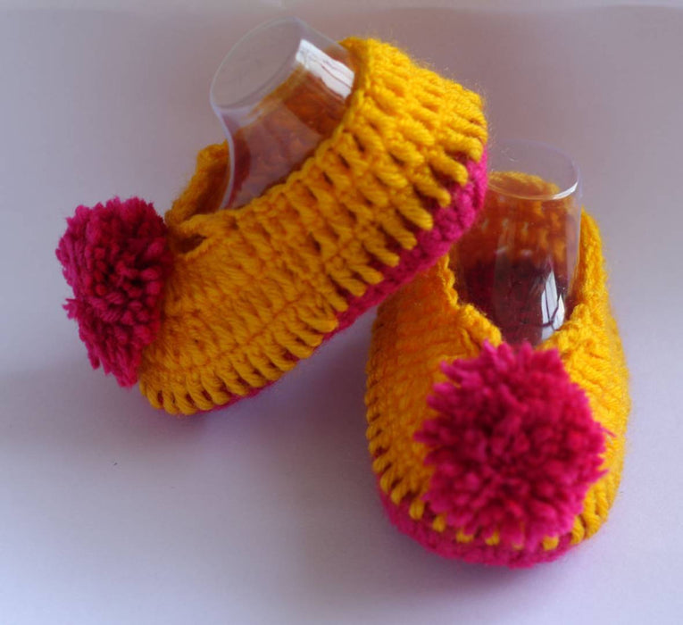 Woolen Soft Sole Yellow Booties For Kids