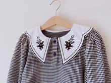Load image into Gallery viewer, Gingham Collar Blouse
