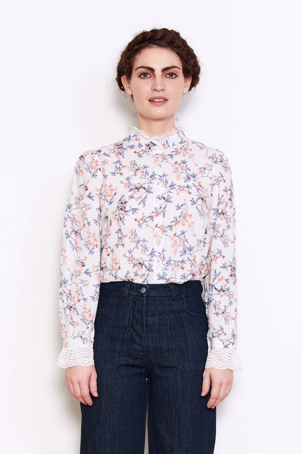 Persons Maggie High Neck Shirt in White Floral