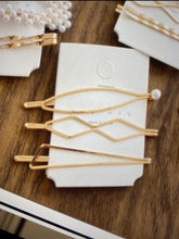 Load image into Gallery viewer, Retro Gold Bobby Pins