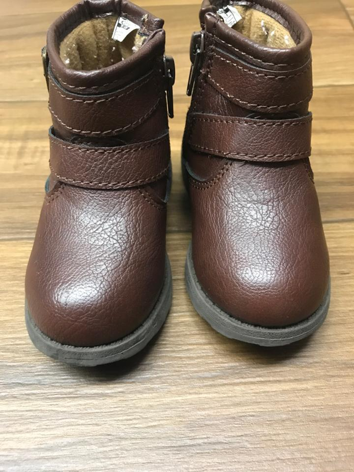 Size Infant 5 Carters Shoes