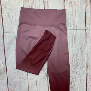 Primary Photo - BRAND: OLD NAVY STYLE: ATHLETIC CAPRIS COLOR: PINK SIZE: M OTHER INFO: NEW! GRADIENT PINK TO DARK PINK LEGGINGS SKU: 257-257108-54