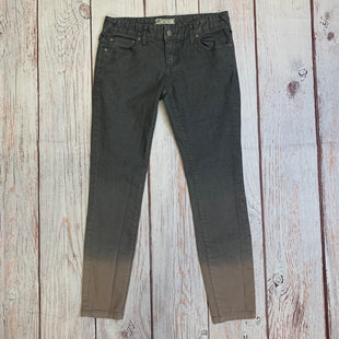 Primary Photo - BRAND: FREE PEOPLE STYLE: JEANS COLOR: GREY SIZE: 2 OTHER INFO: GREY W/ TAN LEGS SKU: 257-257103-410