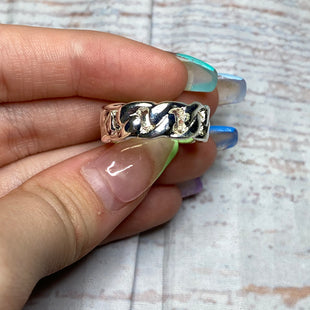 Primary Photo - BRAND:    CLOTHES MENTOR STYLE: RING COLOR: SILVER SIZE: 9 OTHER INFO: BRAIDED SKU: 257-257194-1912