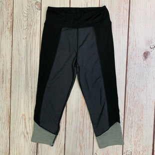 Primary Photo - BRAND: ATMOSPHERE STYLE: ATHLETIC CAPRIS COLOR: BLACK SIZE: S OTHER INFO: GREY BLACK SKU: 257-25758-628