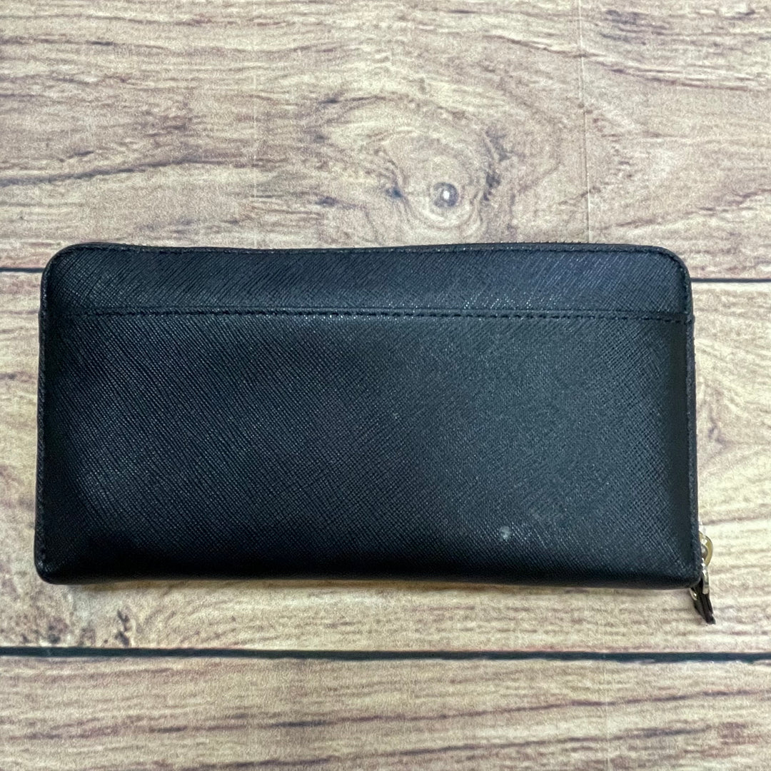 Photo #1 - BRAND: KATE SPADE <BR>STYLE: WALLET <BR>COLOR: BLACK <BR>SIZE: LARGE <BR>OTHER INFO: LOGO PLACARD TARNISHED <BR>SKU: 257-25748-6393