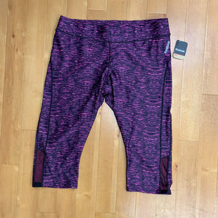 Primary Photo - BRAND: REEBOK STYLE: ATHLETIC CAPRIS COLOR: PINKBLACK SIZE: XL SKU: 257-257184-458