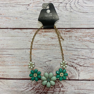 Primary Photo - BRAND:    CLOTHES MENTOR STYLE: NECKLACE COLOR: GREEN OTHER INFO: 4 FLOWERS SKU: 257-25797-951