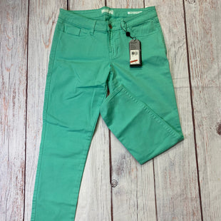 Primary Photo - BRAND: GUESS STYLE: JEANS COLOR: AQUA SIZE: 8 OTHER INFO: NEW! SKU: 257-257100-1203